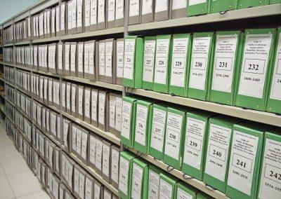 Odbiranje in izročanje arhivskega gradiva